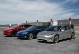 Xe điện giá rẻ Tesla Model 3 đầu tiên đã rời dây chuyền sản xuất