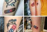Người dân đổ xô đi xăm logo hãng để được ăn pizza miễn phí trọn đời