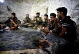 Thước phim về khoảnh khắc bom rơi tại thành trì cuối cùng của phiến quân Syria