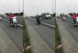 """[Clip]: Lại xuất hiện đoàn """"phượt thủ"""" nối đuôi trên cao tốc Pháp Vân - Cầu Giẽ"""