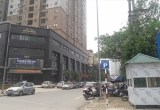 Hà Nội: Tiếp tay cho Cty tư nhân xẻ thịt lòng đường để thu phí trông giữ xe?