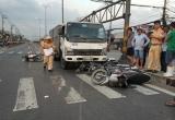 TP HCM: Xe tải 'điên' húc bay nhiều xe máy