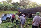 Hưng Yên: Tàu hỏa hất văng xe tải xuống ruộng, tài xế tử vong