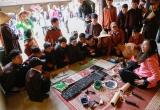 Tiết học giữa sân đình làng Chòng