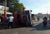 Lật container, người đàn ông chạy xe ôm tử vong tại chỗ