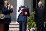 Dấu ấn 100 ngày đầu tại nhiệm của Tổng thống Donald Trump