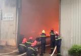 Cận cảnh công tác khống chế đám cháy 'khủng' tại KCN Ngọc Hồi