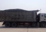 """Quảng Ninh: Bắt giữ hàng loạt """"hung thần"""" chở than có dấu hiệu vi phạm"""