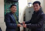 Thanh tra Sở GTVT Hà Nội tìm lại được tài sản của người dân bỏ quên trên xe taxi