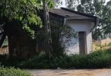 Vợ ngất lịm khi phát hiện chồng tử vong trong ngôi nhà hoang lạnh