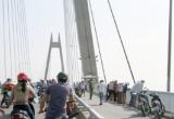 Hải Phòng: Nhảy cầu cao hàng chục mẹt, nam thanh niên thoát chết