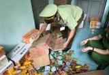 Hà Nội: Phát hiện cơ sở kinh doanh bánh trung thu, thực phẩm chức năng không rõ ngồn gốc