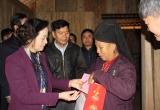 Mang Tết ấm áp đến với hộ nghèo, gia đình chính sách tại Yên Bái