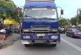 Bình Dương: Va chạm với xe tải, cô gái tử vong tại chỗ