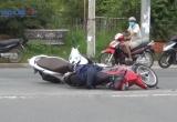 Bình Dương: Hai xe máy va chạm, 4 người bị thương