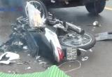 Bình Dương: Tai nạn nghiêm trọng, xe máy đấu đầu xe tải, 2 người tử vong