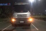 Bình Dương: Va chạm với xe container, 2 người tử vong