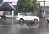 Bình Dương: Tai nạn liên hoàn, 2 người bị thương nặng
