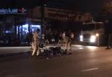 Bình Dương: Hai xe máy đối đầu trong đêm, 3 người nhập viện cấp cứu
