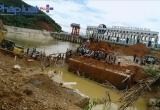 Tuyên Quang: Vụ sập cầu khiến 3 người mất tích, giàn giáo sơ sài như... giàn mướp