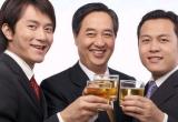 """Bí quyết """"vàng"""" giúp nam giới yên tâm uống rượu bia"""