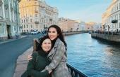 Tường Linh sành điệu cùng mẹ khám phá xứ Bạch dương