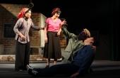 """Nhà hát Tuổi trẻ lưu diễn tại TPHCM chương trình """"Lưu Quang Vũ, còn mãi một tình yêu""""."""