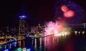 """Chờ đợi màn bắn pháo hoa """"đẹp như phim điện ảnh"""" của Ý và Hong Kong"""