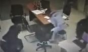 Kẻ bịt mặt dùng mã tấu cướp trạm thu phí Long Thành ngày mùng 3 Tết