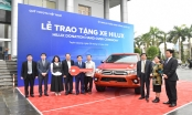 Quỹ Toyota Việt Nam trao tặng xe Hilux cho tỉnh Tuyên Quang