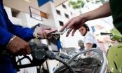 Giá xăng tăng mạnh gần 700 đồng/lít