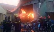 Hưng Yên: Lửa bao trùm xưởng nhựa trong KCN Phố Nối