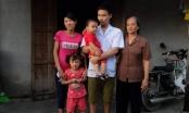Xót xa gia cảnh chàng trai mù gồng gánh nuôi mẹ già bị ung thư phổi
