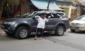 Tiết lộ lý do chủ xe không lái đi chỗ khác trong vụ cô gái dán băng vệ sinh lên ôtô