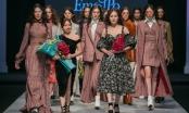 Quỳnh Búp bê Phương Oanh gây ấn tượng với phần mở màn đêm diễn thứ 2 Tuần lễ thời trang Quốc tế Thu đông 2018