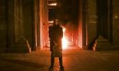 Nghệ sĩ Nga đốt trụ sở Cơ quan An ninh