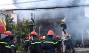 Cháy nhà 2 tầng, ít nhất 3 người thương vong