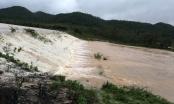 Hồ thủy lợi lớn nhất Nghệ An đang xả nước
