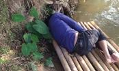 Người đàn ông lạ nằm bất tỉnh trên chiếc bè nứa chiều 29 Tết