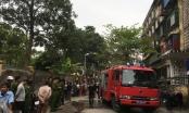 Nghệ An: Nhiều người hốt hoảng khi phát hiện chung cư cũ bốc cháy