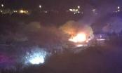 Mỹ: Máy bay đâm xuống sân golf, bốc cháy dữ dội