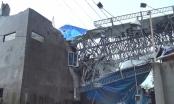 TP HCM: Biển quảng cáo đổ sập sau mưa bão khiến 1 người tử vong