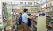 """Tiêu dùng 72h: Khan hiếm sách giáo khoa, cò sách có dịp """"hét"""" giá"""