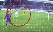 Xem quả penalty ma khó hiểu nhất tại Asian Cup 2019