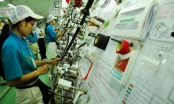 Slide - Điểm tin thị trường: Việt Nam khan hiếm lao động ngành điện tử và may mặc sau Tết