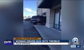 Cô gái trẻ lao thẳng xe vào cửa hàng vì không được đổi iPhone mới