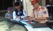 Hà Nội: Mạnh tay xử phạt học sinh đi xe đạp điện không đội mũ bảo hiểm