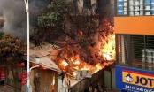 Hà Nội: Hỏa hoạn thiêu rụi căn nhà 3 tầng, 1 cụ già chết cháy