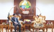 Bộ trưởng Lê Thành Long chào xã giao Chủ tịch Quốc hội Lào