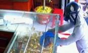 An Giang: Truy bắt tên cướp 21 cây vàng, đâm bị thương chủ tiệm